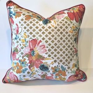 Other - 🏡Large Pretty Floral Indoor/Outdoor Pillow